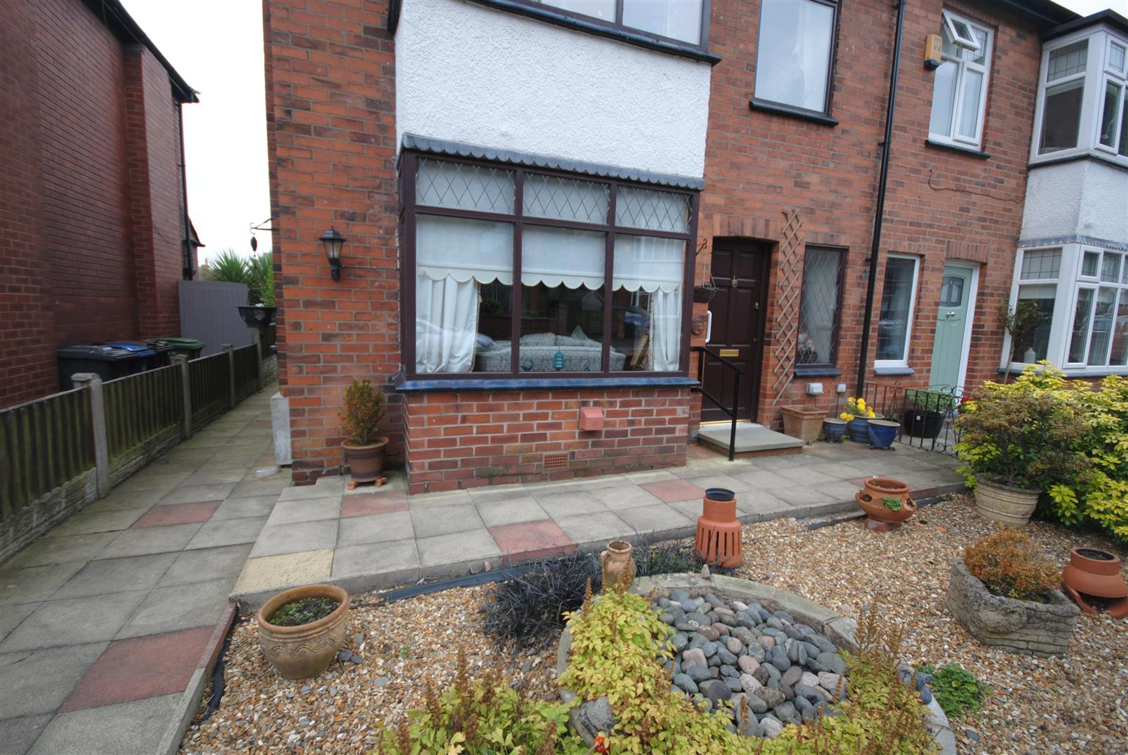 3 Bedrooms Semi Detached House for sale in Holme Avenue, Swinley, Wigan